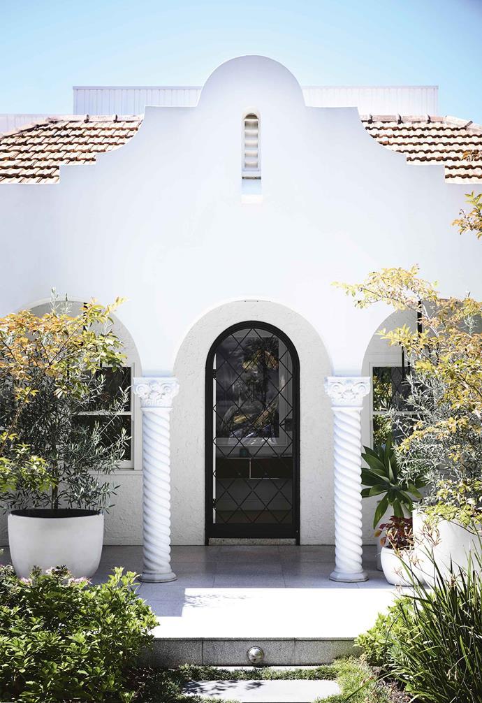 ">> [Front garden inspiration: 18 stunning ideas to try](https://www.homestolove.com.au/front-garden-inspiration-17367|target=""_blank"")."