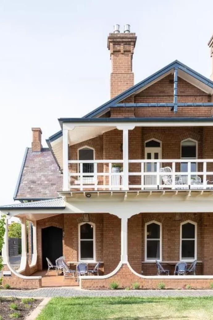 The front section of The Byng Street Boutique Hotel is the homestead 'Yallungah,' built in about 1896 by architect William Lamrock.