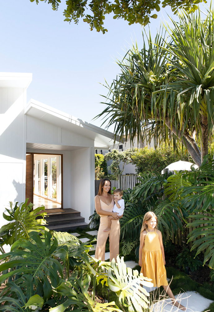 Enamoured with a quiet stretch of coastline, homeowners Britt and Damian were keen to call a town in northern NSW home and snapped up a renovator they could turn into a retreat. Damian and his dad worked in tandem to overhaul every zone, improving functionality to suit the family. A big change was relocating the entrance and moving the fence line forward to make use of the entire block, which Damian landscaped.