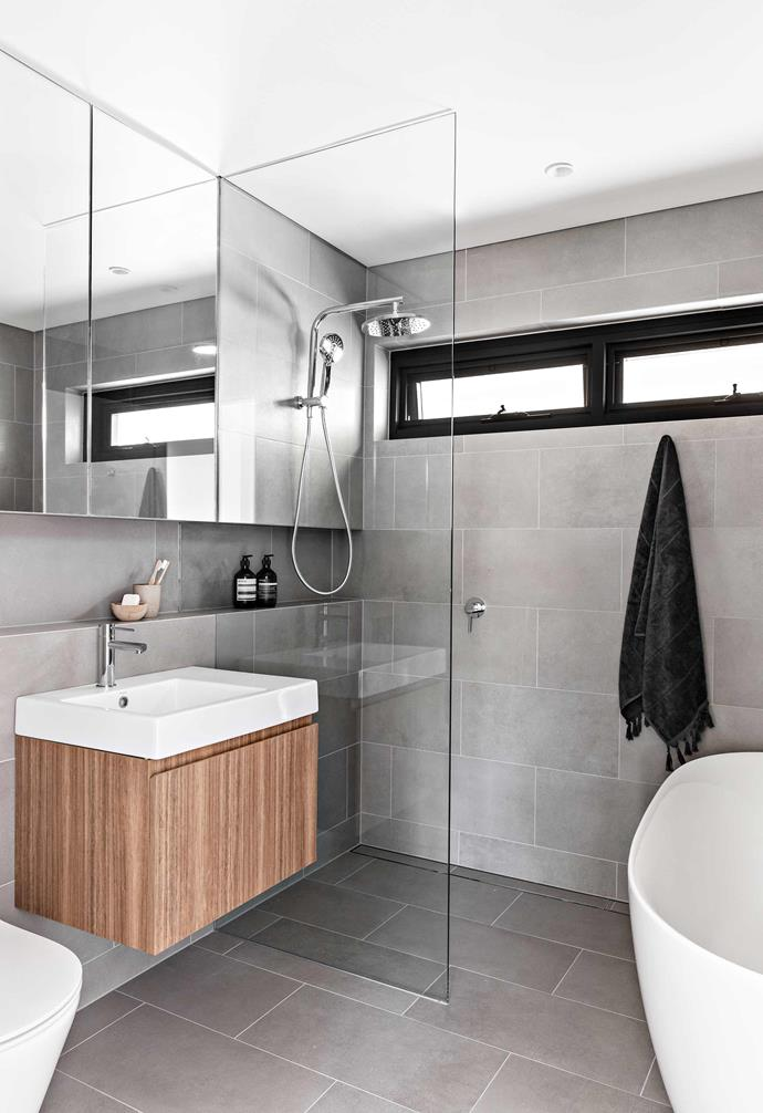 """**Bathroom** There was enough space in Phoebe's bathroom for a freestanding Ellisse bathtub by [Parisi](https://parisi.com.au/