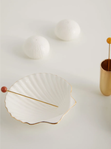 """Aerin set of four shell ceramic appetiser plates, $191, [MatchesFashion](https://www.matchesfashion.com/au/products/Aerin-Set-of-four-shell-ceramic-appetiser-plates-1301858