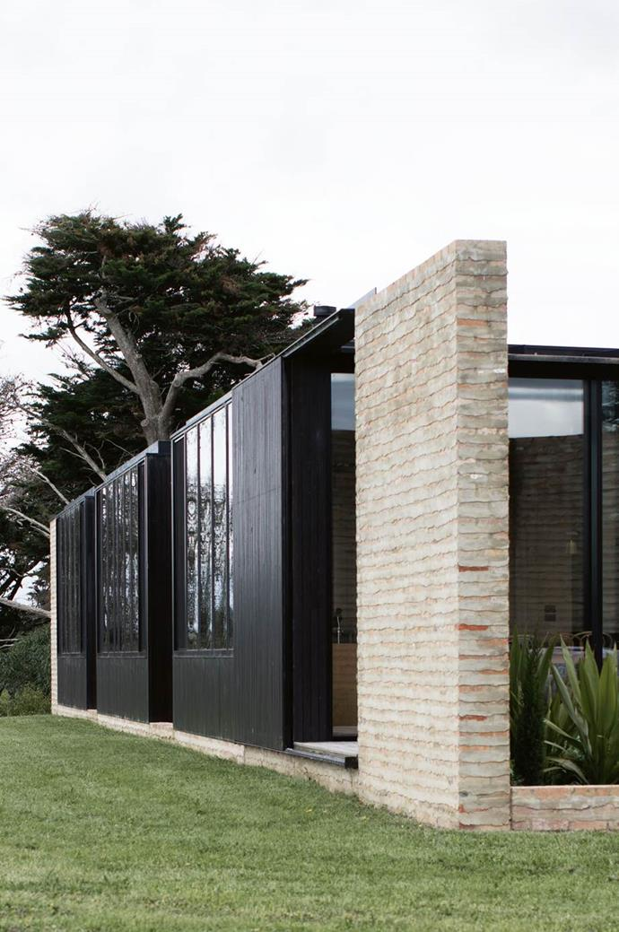 """Strong, robust, resilient and not too precious, this [sustainably built home](https://www.homestolove.com.au/sustainable-timber-home-south-gippsland-13988