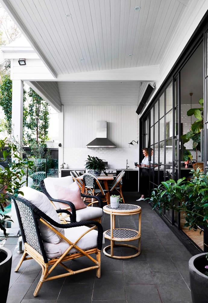"""This [weatherboard home in Melbourne](https://www.homestolove.com.au/renovated-white-weatherboard-home-melbourne-21530