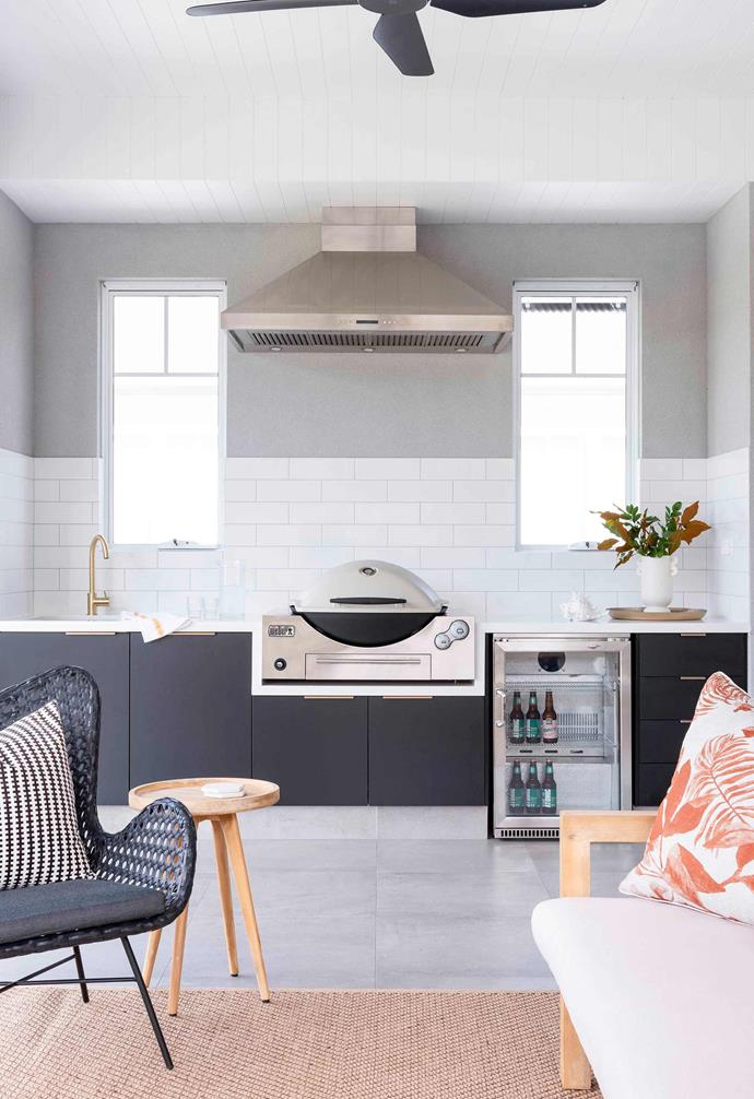"""Drawing inspiration from the iconic Hamptons-style, [this new home in Perth](https://www.homestolove.com.au/hamptons-new-build-home-21640