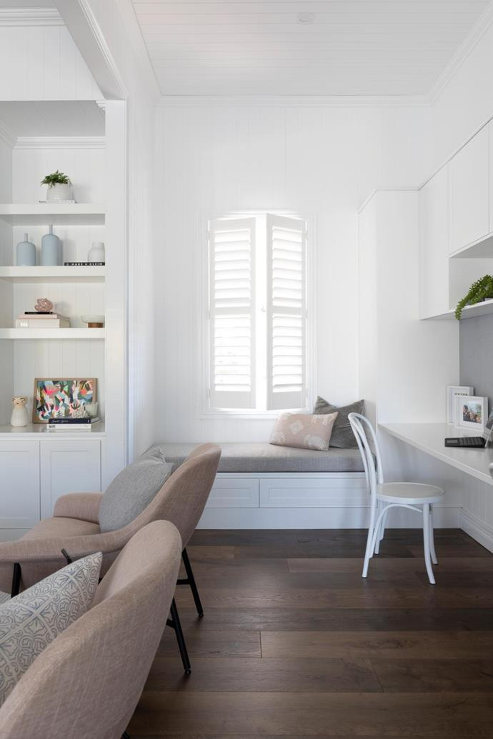 "The [window seat](https://www.homestolove.com.au/window-seats-7061|target=""_blank"") is the perfect place to curl up with a book. The 'Vienna' bentwood chairs in white by Michael Thonet are from Huset."
