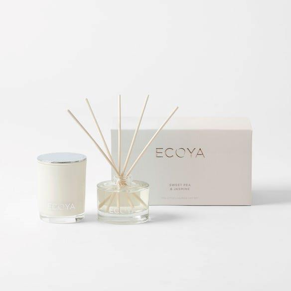 """**4.** The homegrown Australian fragrance house Ecoya have become a fresh household favourite. We love the Sweet Pea and Jasmine gift set which will make your whole house smell like spring.  **Ecoya Mini Gift Set in Sweet Pea and Jasmine**, $39.95, [Bed, Bath N' Table](https://www.bedbathntable.com.au/mini-gift-small-medium-large-sweet-pea-jasmine-20979102