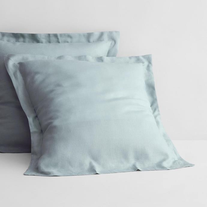 """Crafted from 100% Belgian linen fibres, this European pillowcase will be the soft pillow you never knew you needed behind your head. With a delicate border, the premium quality case will bring a relaxed yet refined aesthetic to your bedroom. <br><br> Abbotson Linen European Pillowcase, $110, [Sheridan](https://www.sheridan.com.au/abbotson-linen-european-pillowcase-s28p-b120-c197-839-mint-frost.html