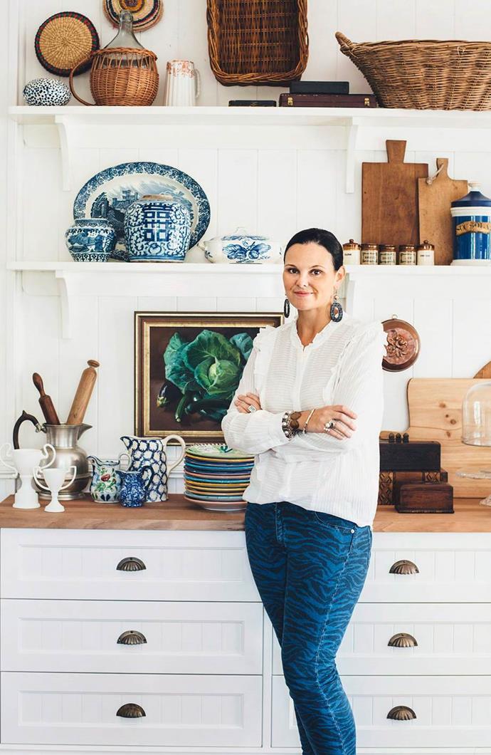 "Anna's [Stradbroke Island holiday house](https://www.homestolove.com.au/anna-spiros-stradbroke-island-holiday-home-13145|target=""_blank"") is an idyllic retreat. Photographer: Jared Fowler | Styling: Shannon Fricke | Story: Country Style"