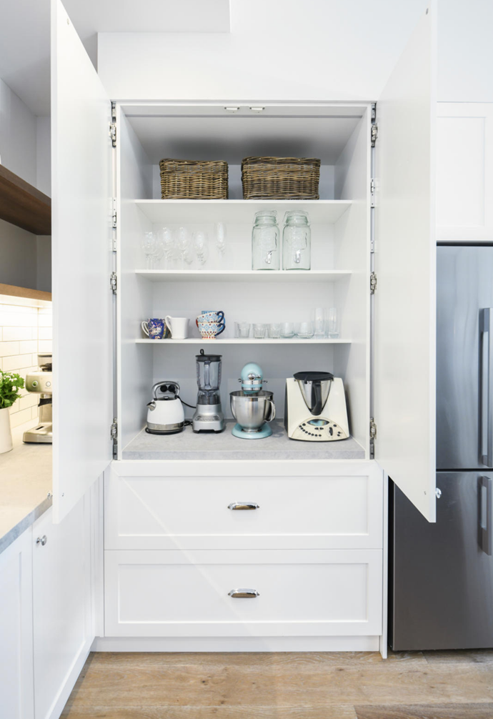 """[Shaker-style](https://www.homestolove.com.au/modern-shaker-country-home-13758