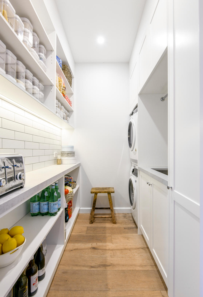 """The combined [Hamptons-style butler's pantry](https://www.homestolove.com.au/hamptons-style-butlers-pantry-6287