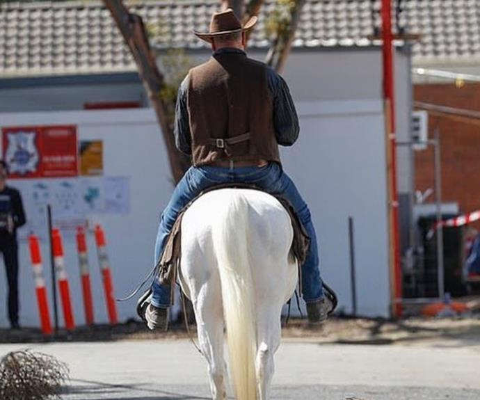 Scott Cam arrives on The Block for the first day of filming astride a white horse.