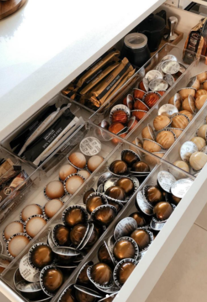 """**Coffee chic** <br><br> If you love your coffee as much as [@littlelofaros](https://www.instagram.com/littlelofaros/