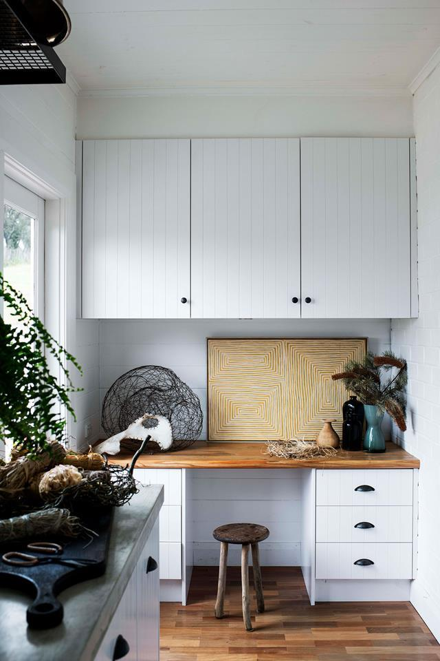 """**Double duty** <br> For a home tight on space, a study nook in the kitchen can be a clever solution. Just be sure to include adequate storage otherwise paperwork and general office clutter may begin to invade the kitchen! In this [contemporary shaker-style home](https://www.homestolove.com.au/contemporary-shaker-style-house-20212