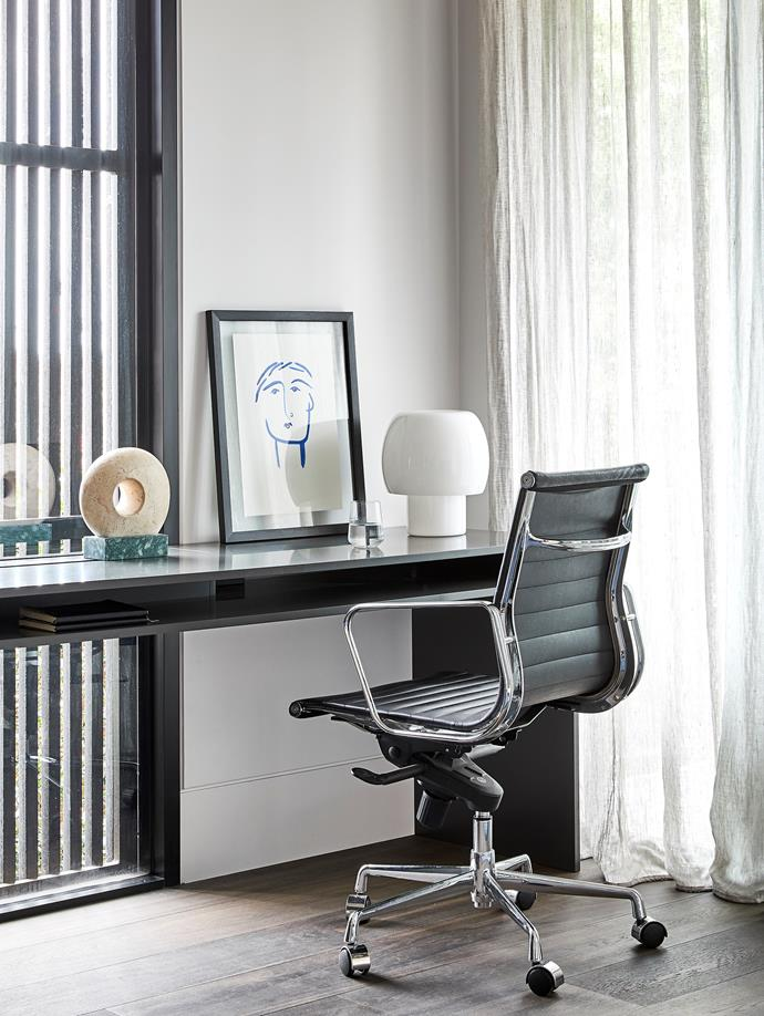 On the study desk, sculpture from Greg Natale and artwork by Alexandra Brownlow from Studio ALM. Herman Miller office chair. Oak timber flooring in Otta from Tongue n Groove.