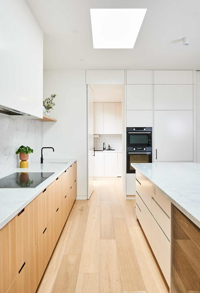 """**Simple and clean** This [Edwardian-style home in Geelong](https://www.homestolove.com.au/edwardian-style-house-geelong-21986