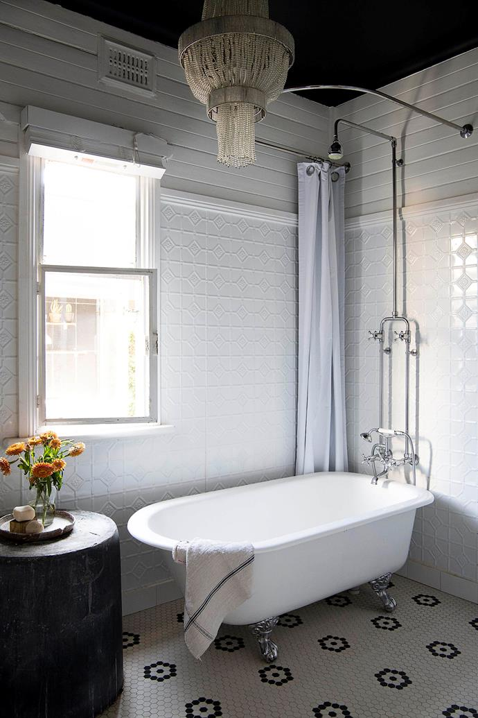 The rustic bathroom in Lydia's home.