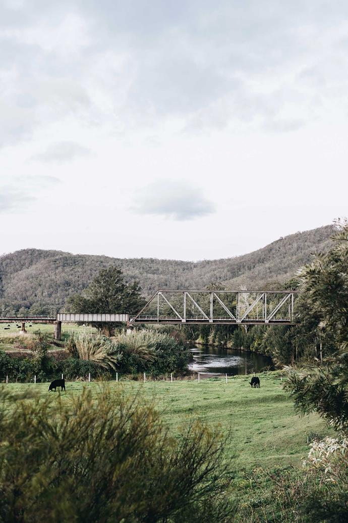 The picturesque Paterson River bridge crossing. Morpeth is located 173km north of Sydney via the M1, and 35km north-west of Newcastle.