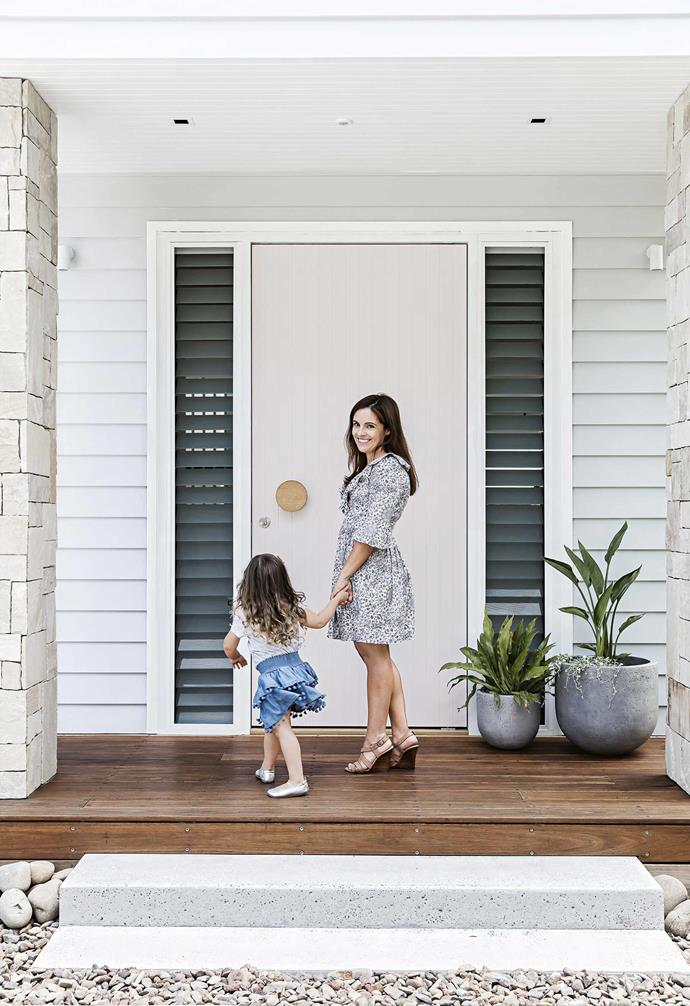 """While living with Brooke's parents, the couple were able to take their time planning their renovation, working with [Stubbs Design Tribe Architects](https://designtribeprojects.com.au/