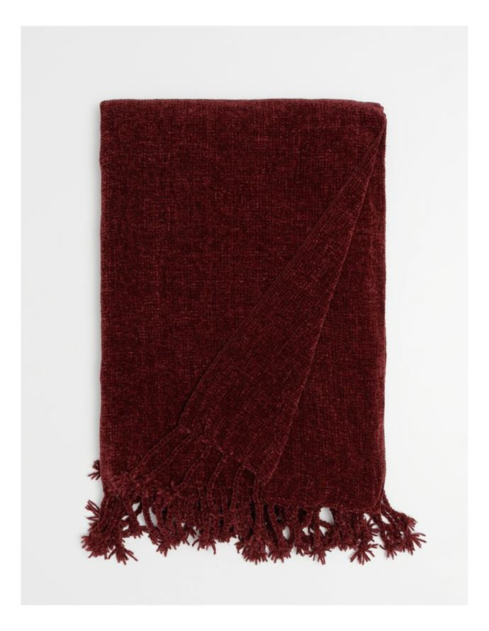 """Heritage Modeena Chenille Tassle Throw in Berry, $79.95, [Myer](https://www.myer.com.au/p/heritage-modena-chenille-tassle-throw-in-berry