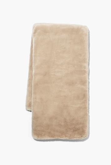 """Loui Faux Fur Throw in Butternut, $249, [Country Road](https://www.countryroad.com.au/loui-faux-fur-throw-60250825-804