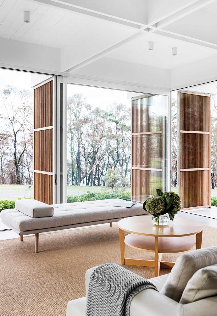 """Pairing inspiration from classic mid-century modern style with contemporary eco-friendly design principles, [this incredible home on the NSW South Coast](https://www.homestolove.com.au/mid-century-modern-eco-friendly-home-22190