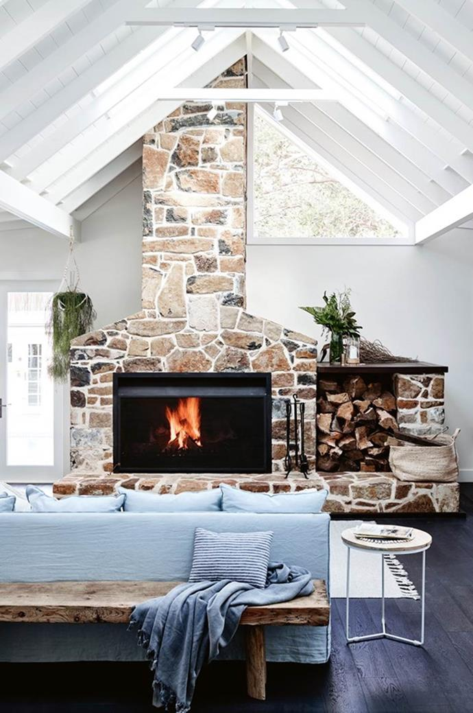 """[Discover eight stylish ways to warm your home for winter here >](http://www.homestolove.com.au/8-stylish-ways-to-warm-up-the-home-for-winter-3377 target=""""_blank"""")"""