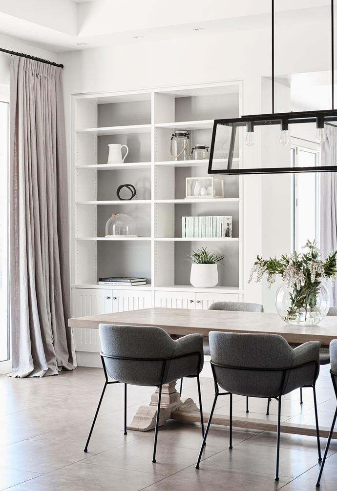 """Impeccable style reigns in the light-flooded dining domain, where a bespoke pendant from Custom Lighting does all the talking above an MCM House 'Florence' [dining table](https://www.homestolove.com.au/10-of-the-best-dining-tables-13249