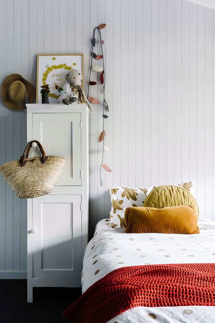 Soft furnishings add pops of colour in Téa room.