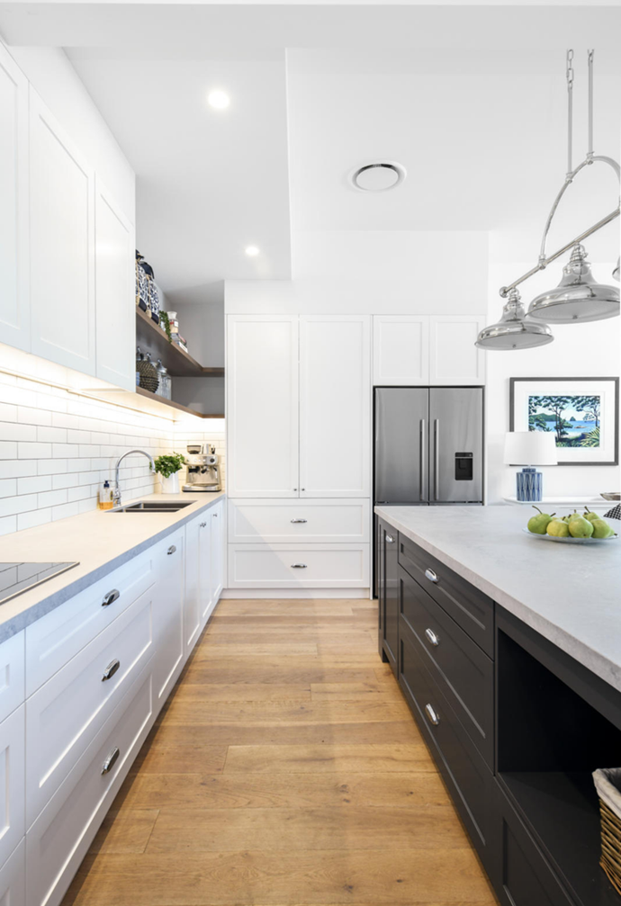 """A dated kitchen and dining space was transformed into this [beloved Hamptons haven](https://www.homestolove.com.au/before-after-coastal-hamptons-kitchen-22318