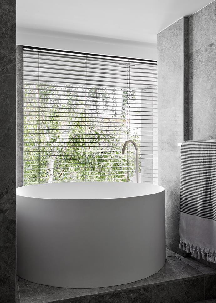 'Drum' freestanding bath, First Choice Bathrooms.