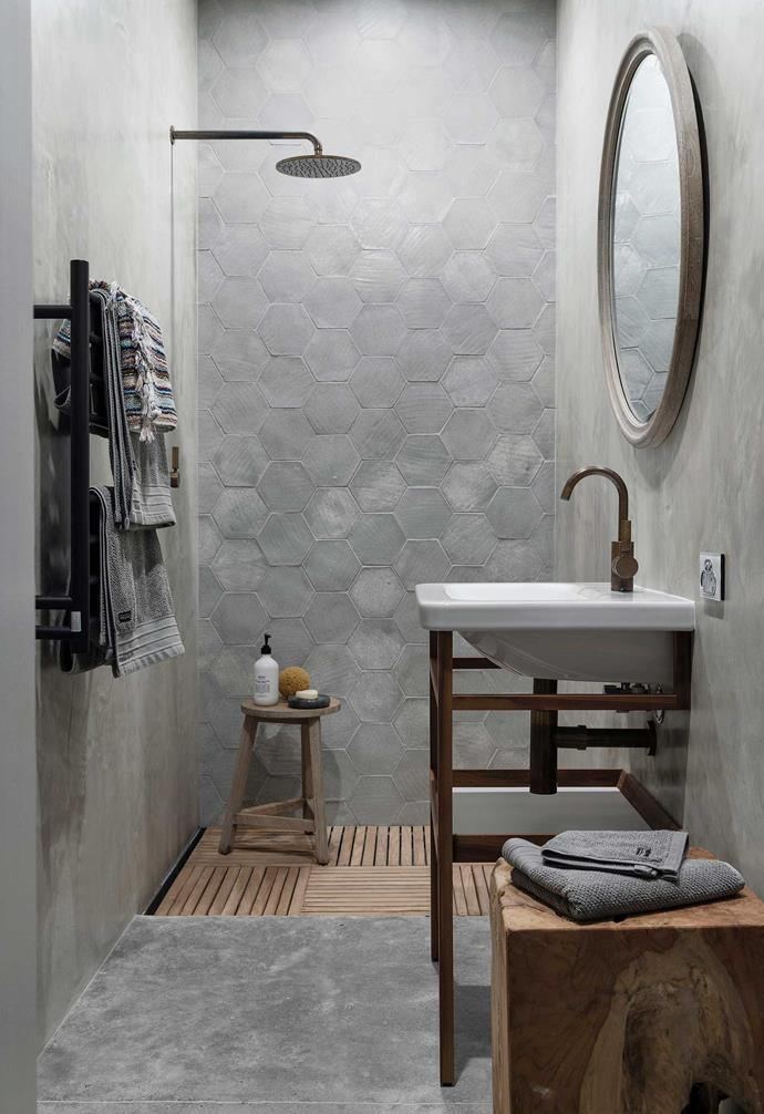"""**Guest ensuite** Jill chose hand-cut glazed tiles from Italy for the feature wall at the back of the shower. Retreat mirror, [Empire](https://www.empirehomewares.com.au/
