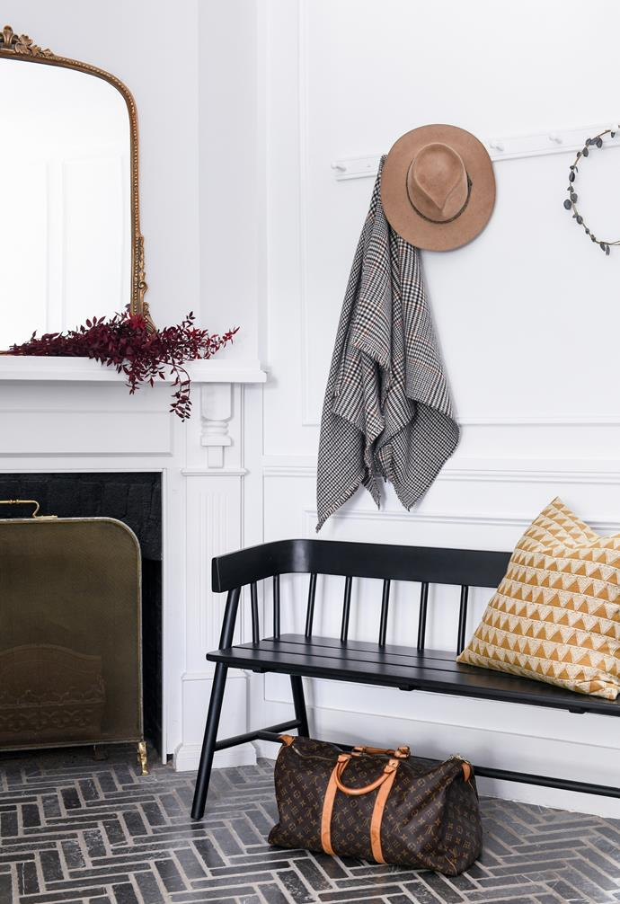 """The [entry hall](https://www.homestolove.com.au/hallway-ideas-1811