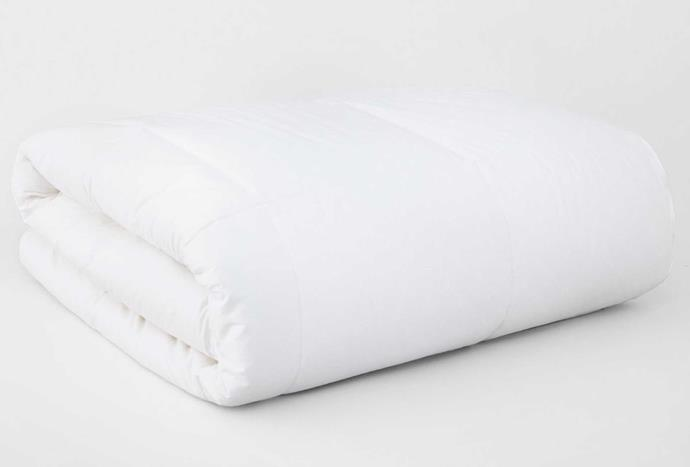 """**Deluxe Dream 2-in-1 Quilt, $499.95 - $549.99, [Sheridan](https://www.sheridan.com.au/deluxe-dream-174-2-in-1-quilt-sk55-b101-c200-001-white.html