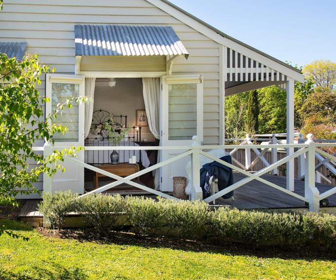 """**[Headland](https://www.airbnb.com.au/rooms/21699925