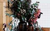 5 ways to update your home using flowers