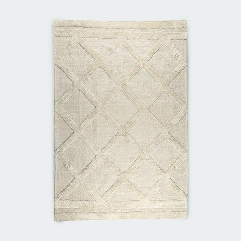 """This luxurious large [Woven Tufted Rug](https://www.kmart.com.au/product/woven-tufted-rug---large/3358311