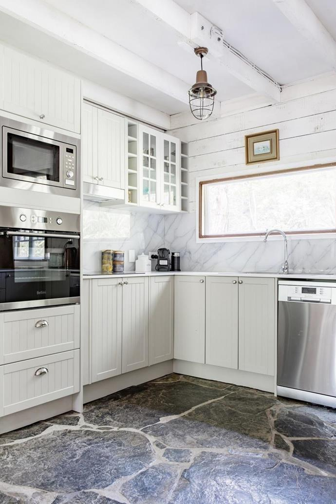 """This [secluded cabin in the Gold Coast hinterland](https://www.homestolove.com.au/rainforest-cabin-bonogin-qld-22502