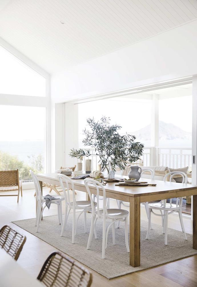 """The chance to create a tranquil holiday home for their growing family was a dream come true for the owners of Airbnb home, [Salt at Shoal Bay](https://www.homestolove.com.au/salt-at-shoal-bay-holiday-home-19408