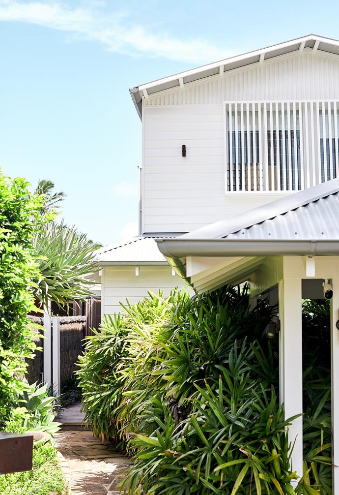 """The [weatherboard white facade](https://www.homestolove.com.au/weatherboard-houses-5478