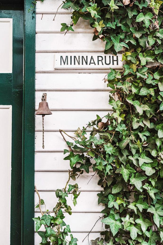 Jenny and John found the 'Minnaruh' sign on the property's gate.