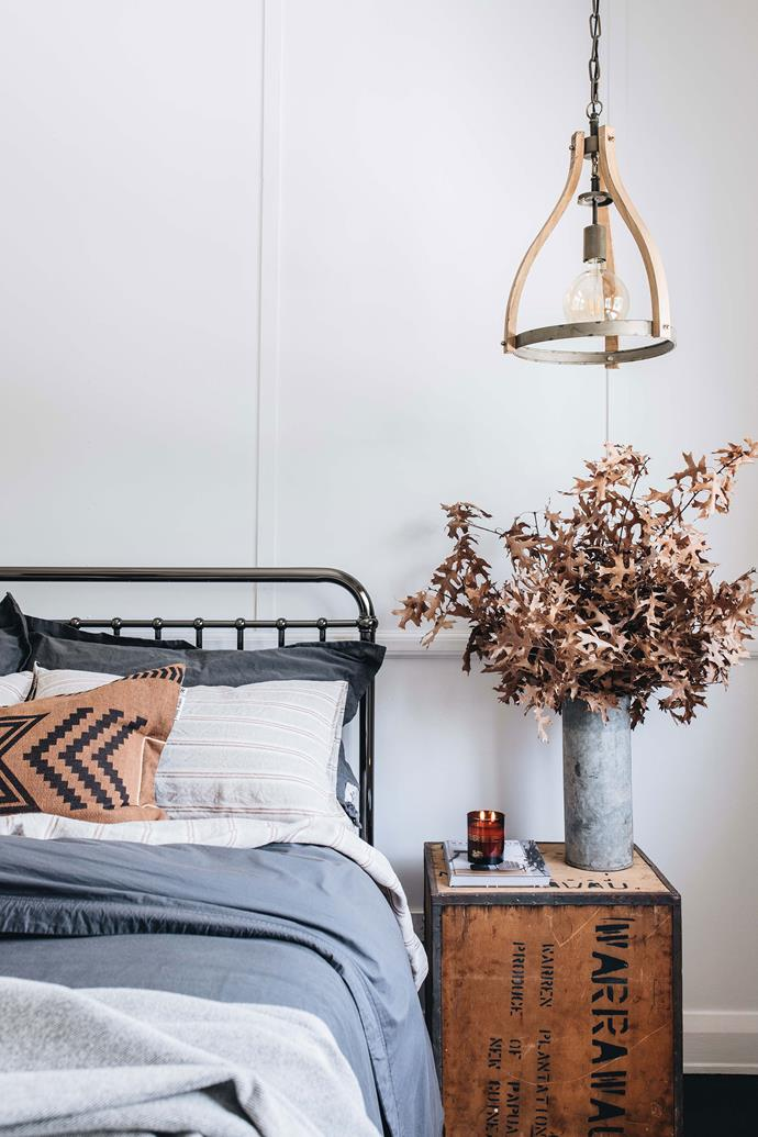 """Belinda Satterwaite of Tomolly Carcoar has decorated her [renovated cottage guesthouse](https://www.homestolove.com.au/hargans-cottage-carcoar-nsw-22539