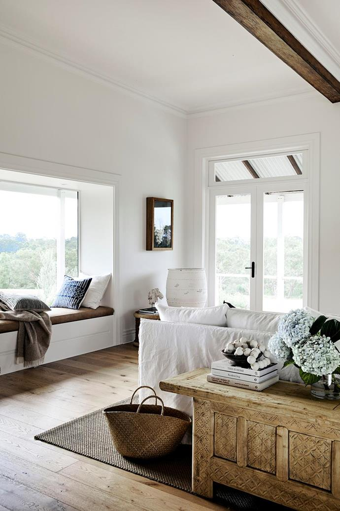 """When it comes to having exposed ceiling beams in your home there are no rules as to how far apart or how close together they should be. In this [modern country farmhouse on the outskirts of Sydney](https://www.homestolove.com.au/modern-farmhouse-hills-district-21067