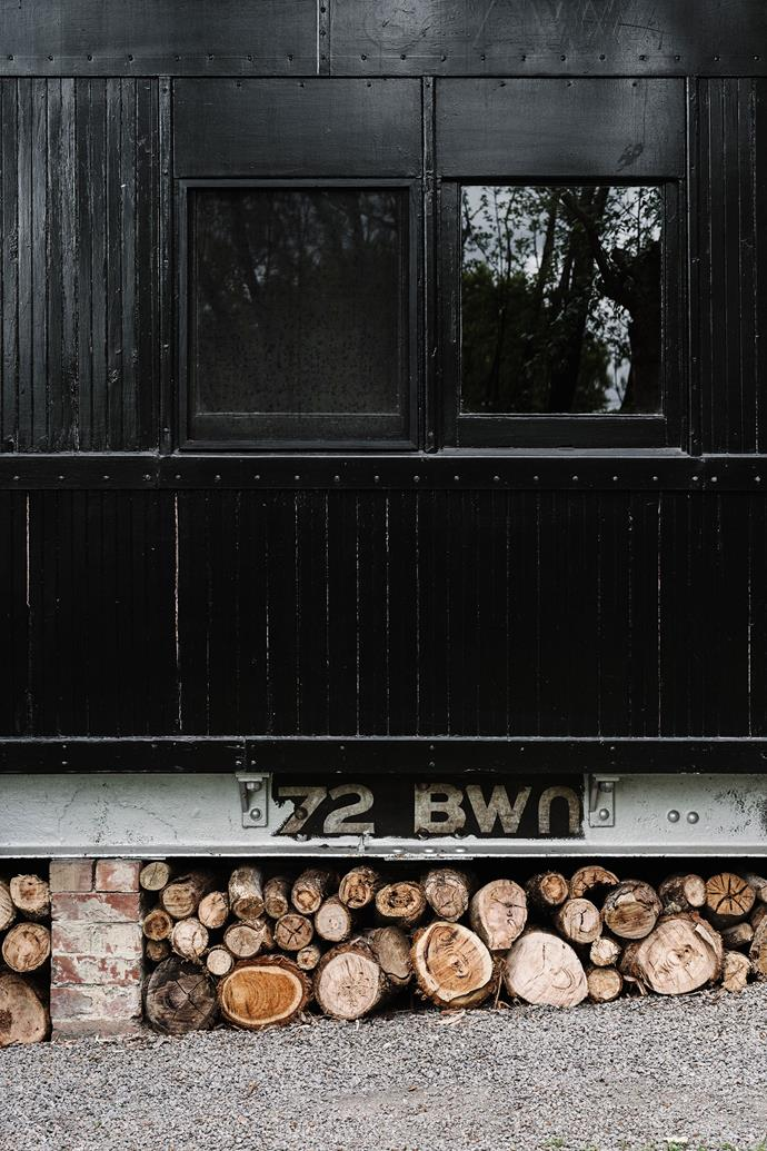 """It took Mike and Fleur – and two builders – nine months to renovate the carriage, whose exterior originally sported a pink and white paint job. It now features a [sleek black exterior](https://www.homestolove.com.au/dark-home-exteriors-20285 target=""""_blank"""")."""