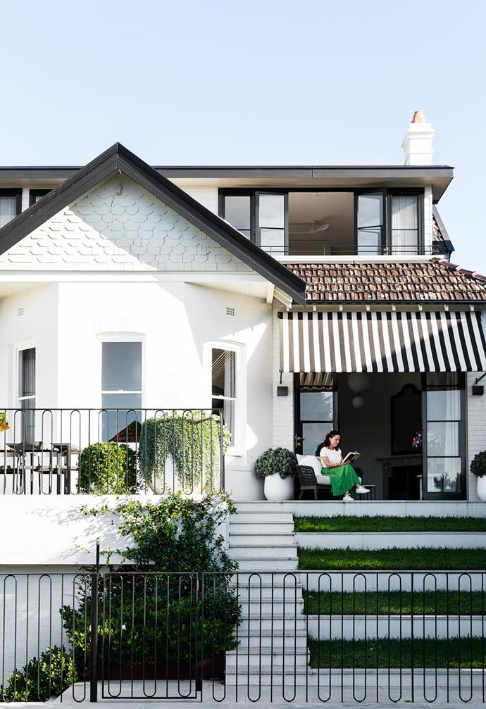 """It was the white exterior of this [heritage home on Sydney's north shore](https://www.homestolove.com.au/heritage-family-home-sydney-21847
