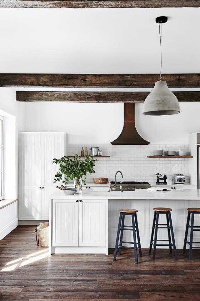 """>> [20 country kitchen design ideas.](https://www.homestolove.com.au/country-kitchen-design-ideas-13266