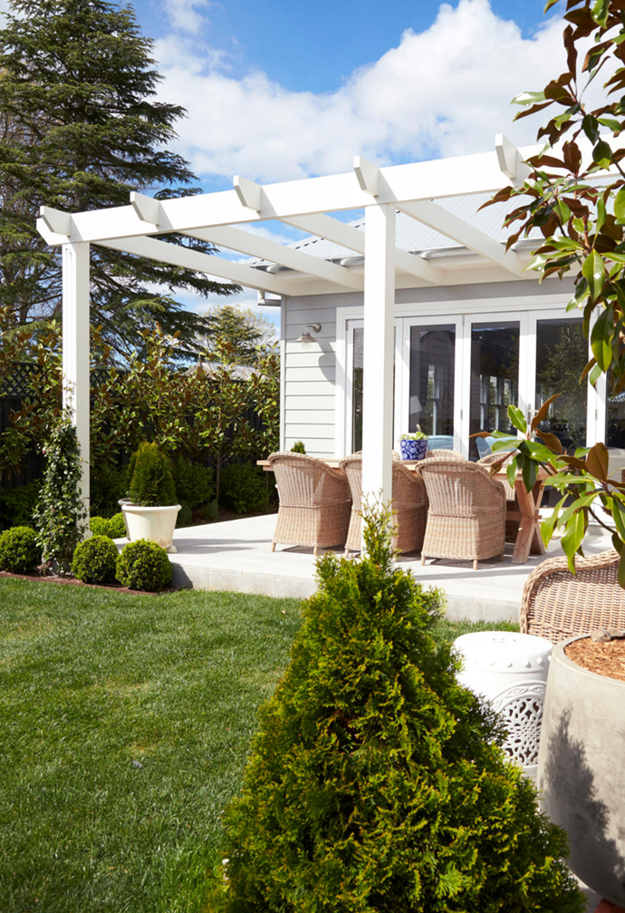 """""""It's almost like another room,"""" says the owner of this [charming Bowral home](https://www.homestolove.com.au/weatherboard-hamptons-home-southern-highlands-22373