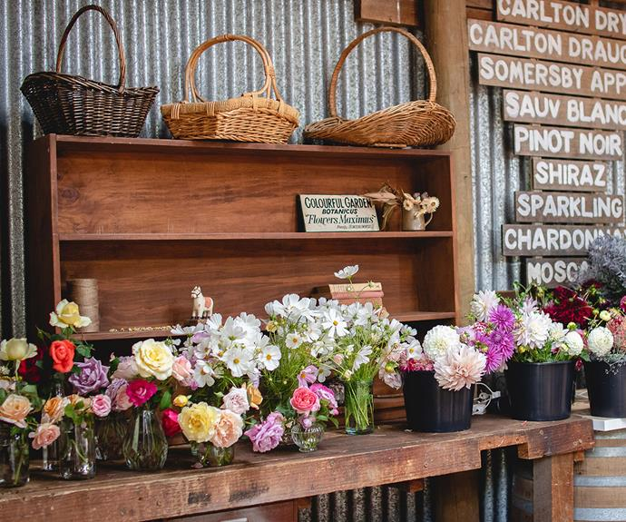 Eliza and Mel partner with local florists, artists and makers to host their workshops.