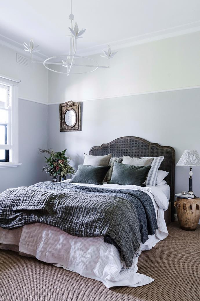 The main bedroom is painted Dulux Endless Dusk (mixed with Dulux Vivid White) and Dulux Antique White USA.