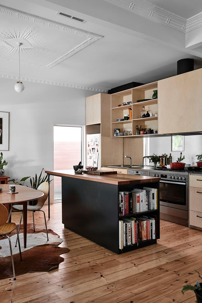 While the square footage stayed the same, the living areas were relocated to the north-facing front. Belinda's son and his family retained heritage features such as the kitchen's plasterwork.