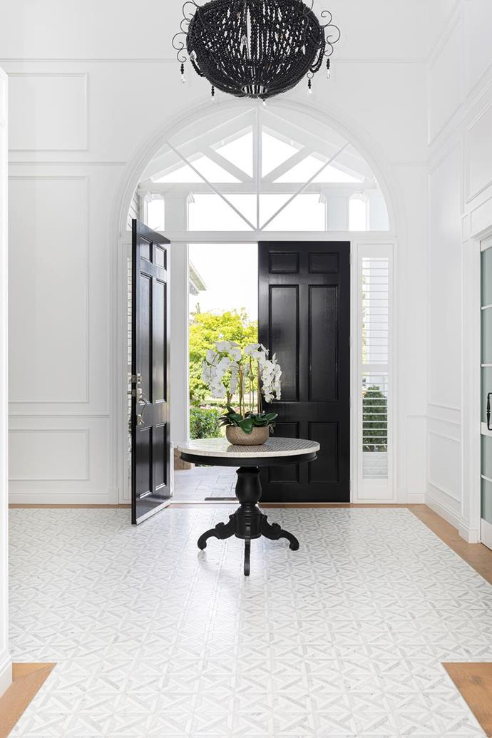 """When the owner of this [grand waterfront abode](https://www.homestolove.com.au/waterfront-home-gold-coast-21855